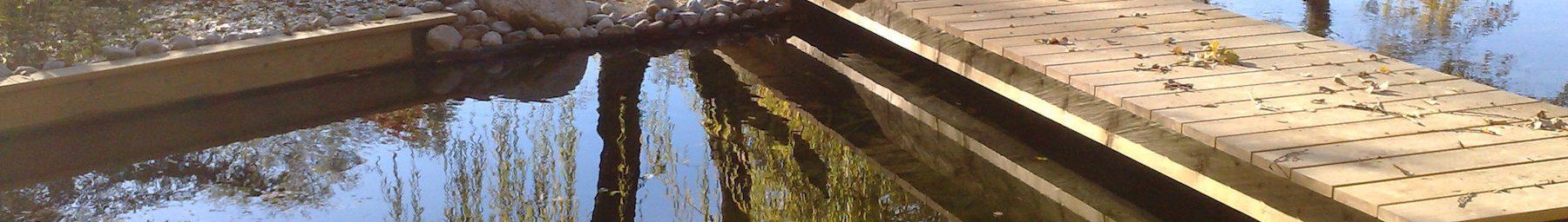 Grand bassin d'agrément près d'Annecy