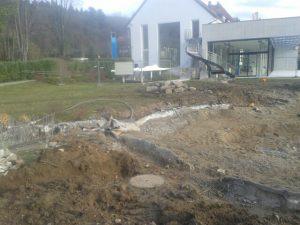 Le bassin principal en cours de démolition